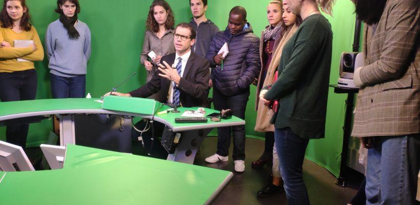 Immersion dans la rédaction de Grand Lille TV
